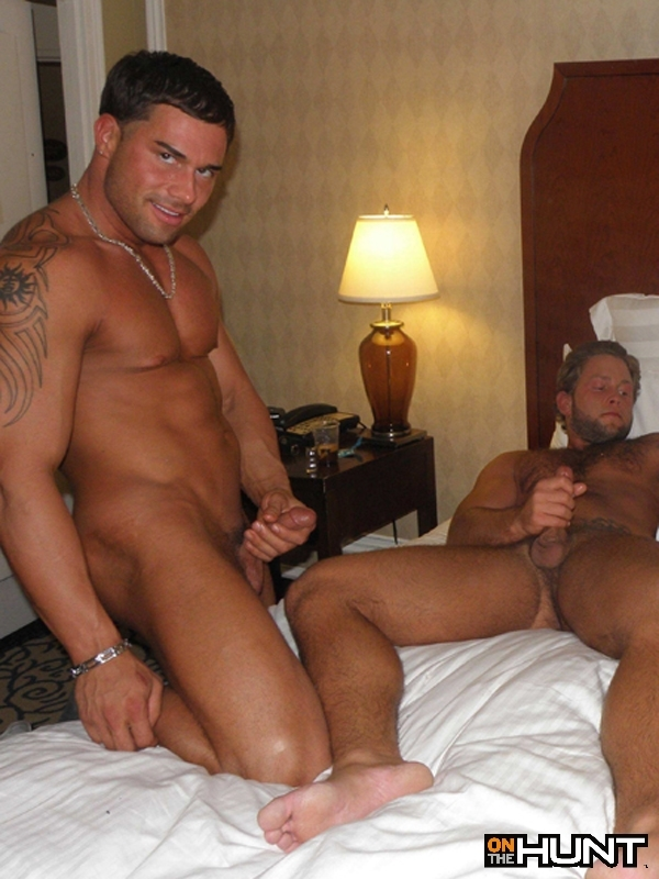 Onthehunt-Ben-and-Carter-Jacobs-Flip-Flop-Fuck-Bareback-Hairy-Muscle-Stud-18 Muscular Amateur Bareback Hookup - Raw Ass Fucking