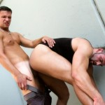 Out-In-Public-Body-buildling-public-raw-sex-torrent-11-150x150 Amateur Bodybuilder Gets Fucked Bareback And Flip Flops