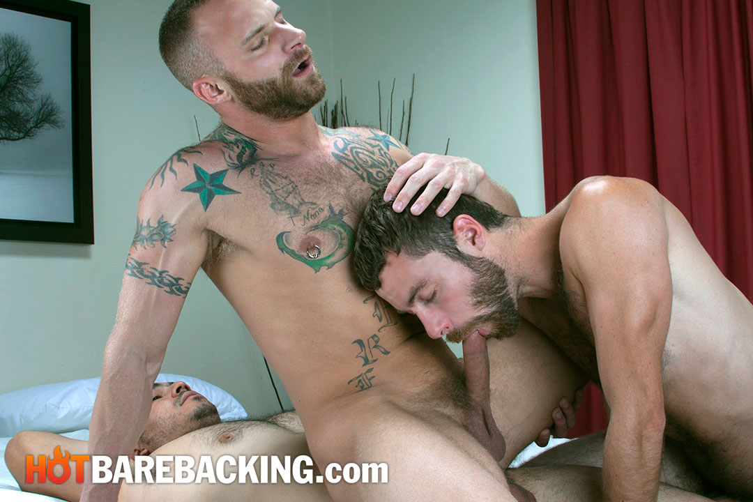 Hot-Barebacking-Marco-Mateo-and-Derek-Parker-and-Seth-SX-and-Miguel-Temon-Fourway-Bareback-Amateur-Gay-Porn-03 Four Amateur Cocks and Bareback Double Penetration Group Sex