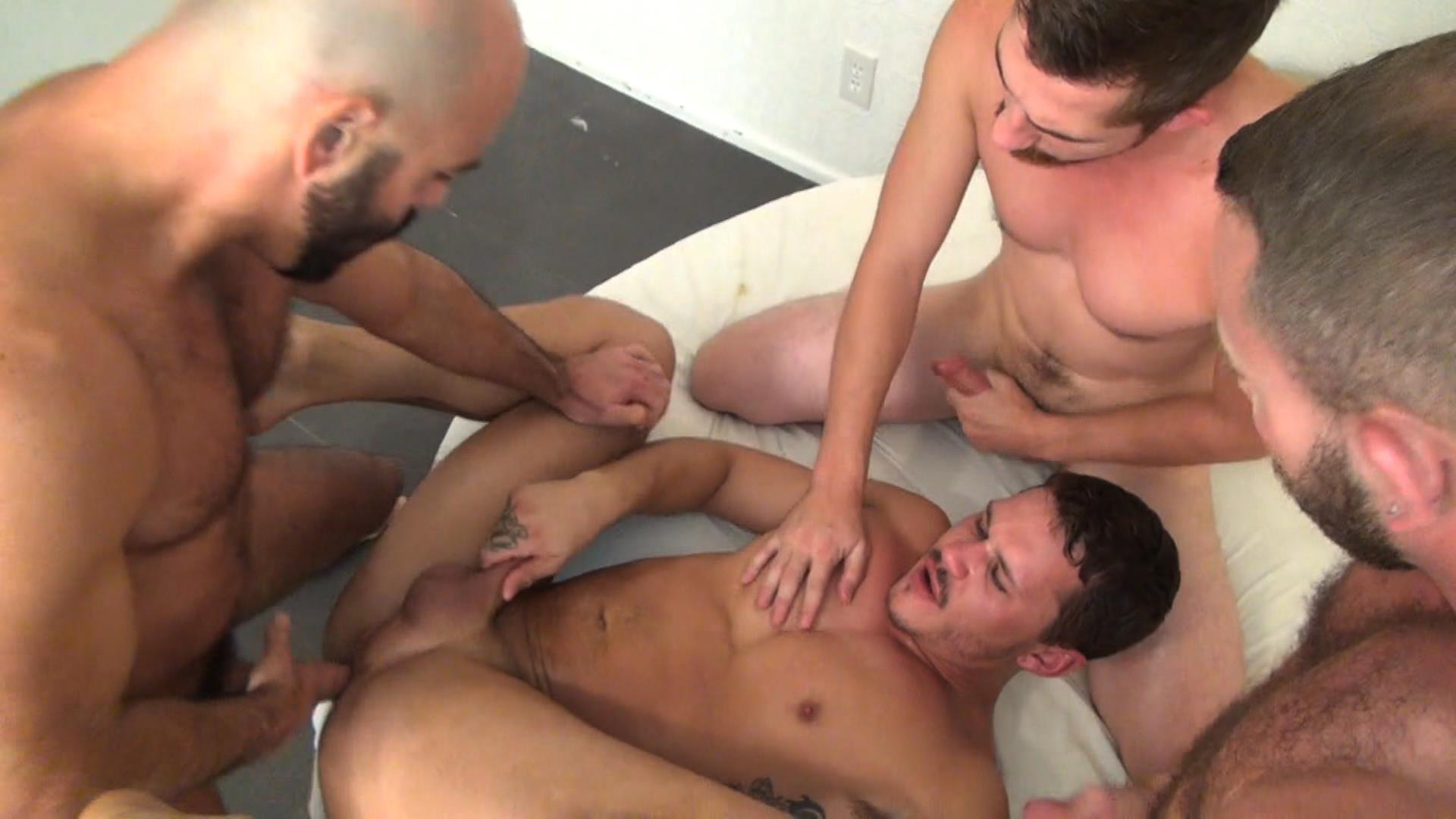 3 way/orgy pics [archive] - bisexual
