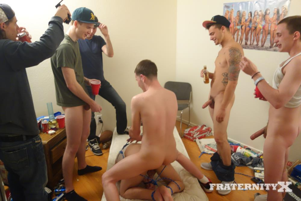 Nasty College Frat Guys Fuck Pledges