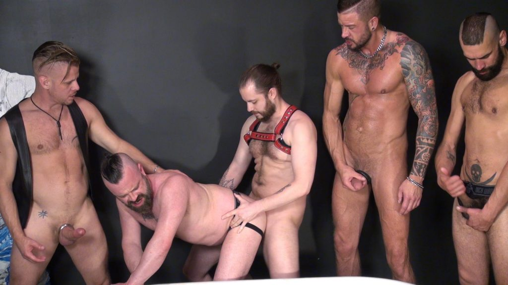 Bareback cum free gay picture swallowing