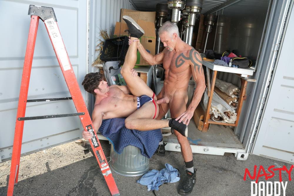 Nasty-Daddy-Dallas-Steele-and-Devin-Franco-Big-Dick-Daddy-Bareback-Gay-Sex-Video-09 Pig Trainer Daddy Dallas Steele Gives Devin Franco Hard Lessons