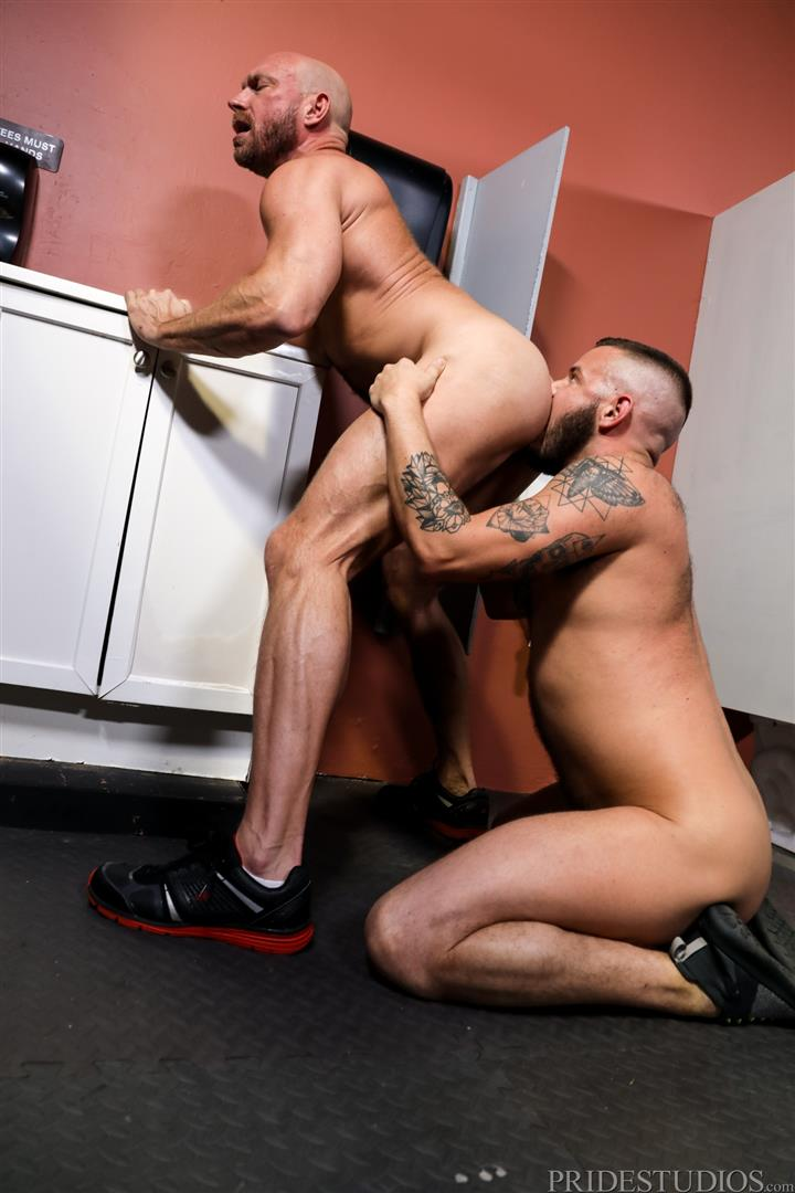 Men-Over-30-Killian-Knox-and-Sean-Harding-Bareback-Fucking-Public-Glory-Hole-11 Bareback Flip Fucking At A Public Glory Hole Restroom